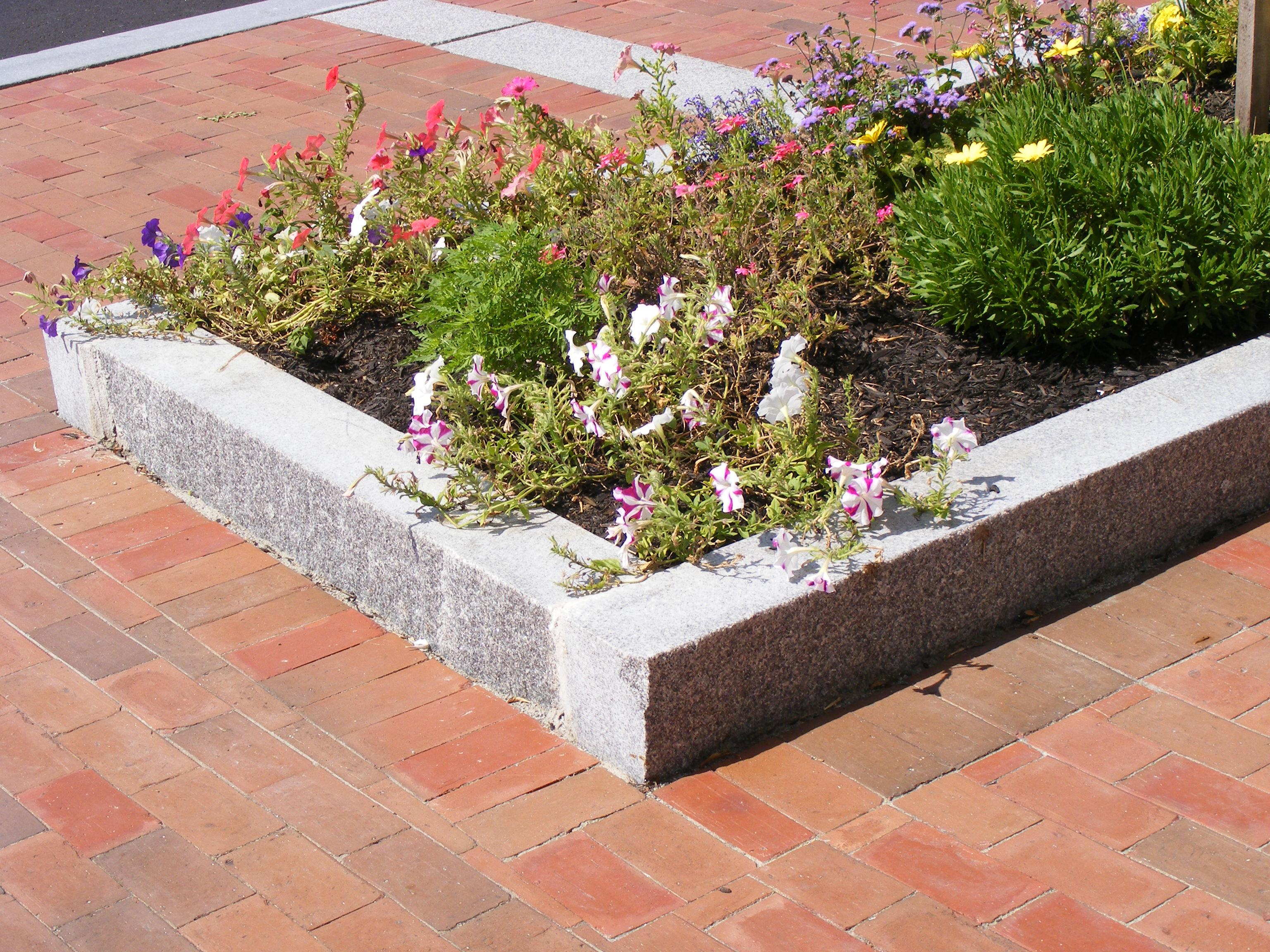 Swenson Granite Works granite curbing