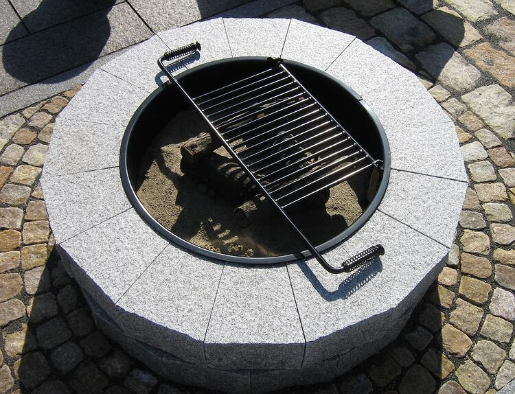Swenson Granite Works DIY granite fire pit cooking grate