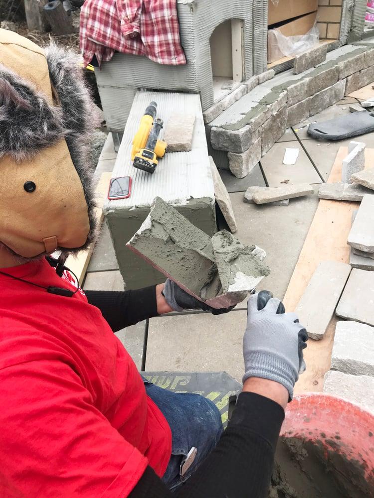 INDIANA LIMESTONE - FULL COLOR BLEND™ Rockford Estate Blend® split and tumbled sawn thin veneer