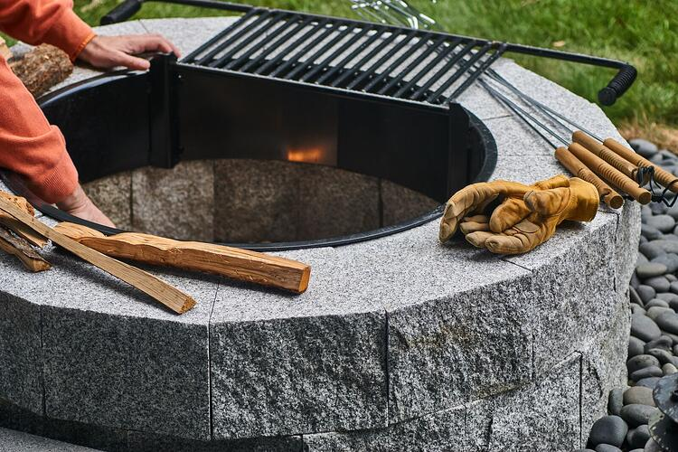 Swenson's DIY granite fire pit. Project by Jeremi Bigosiński, Form Plus Matter.