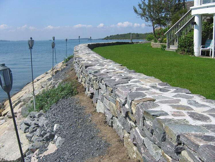 Retaining wall Saratoga granite regular wallstone beach house