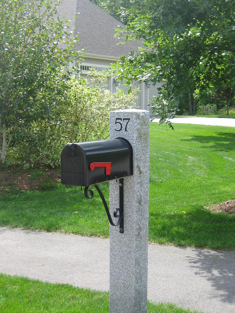 Woodbury Gray granite mailbox post