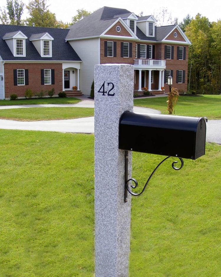WOODBURY GRAY™ granite mailbox post