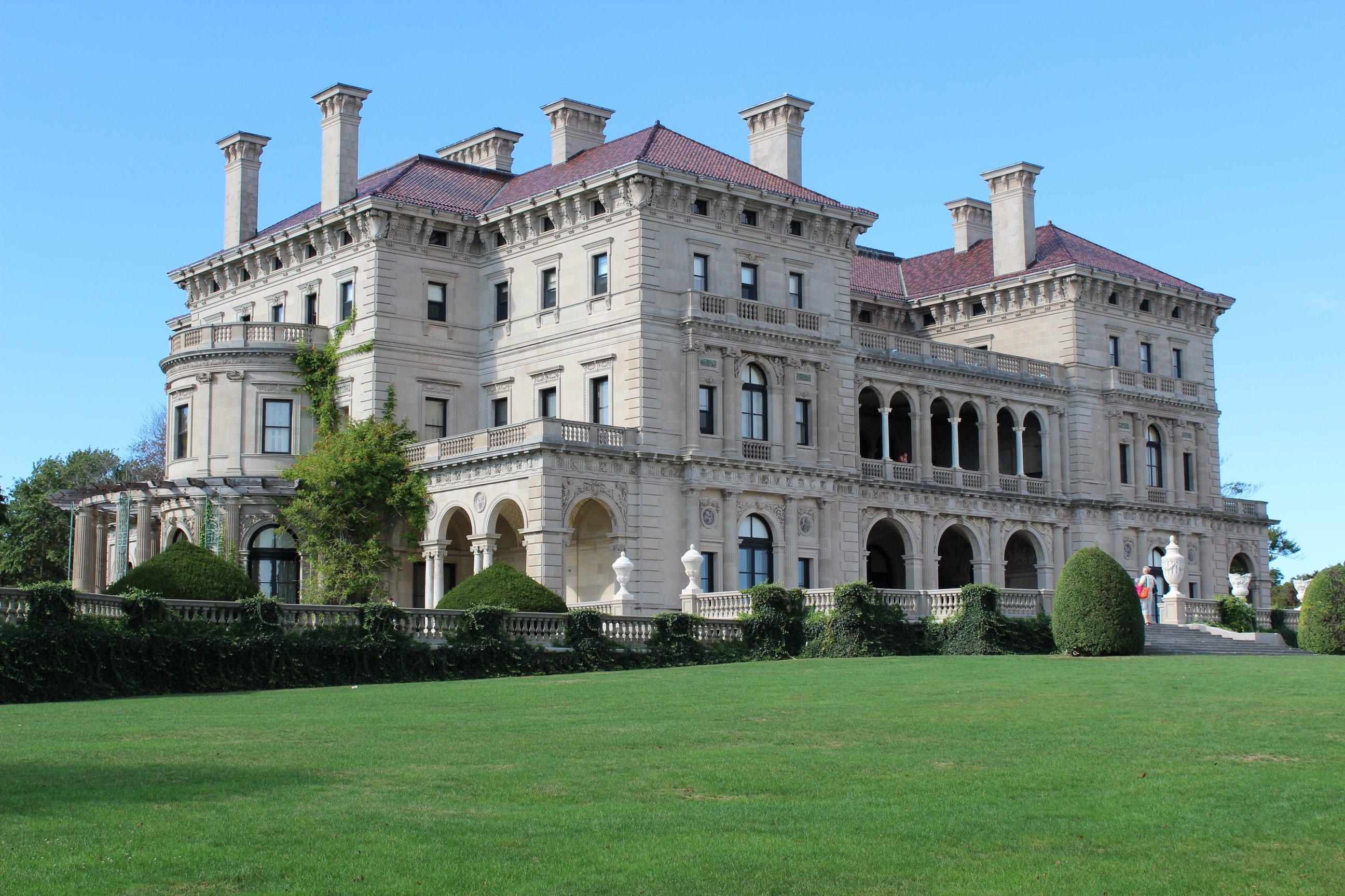 Indiana Limestone The Breakers Vanderbilt Mansion Newport RI 2 Credit Shinya Suzuki-1
