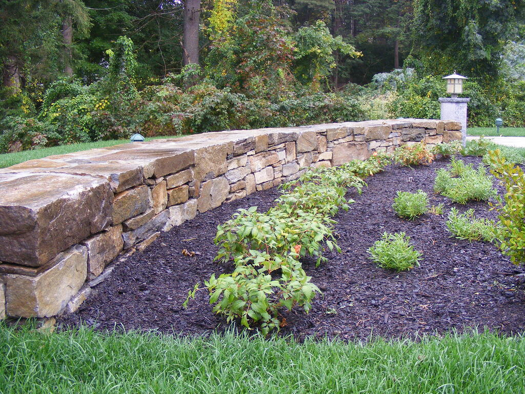 Weathered Mountain Stone Decorative Wall