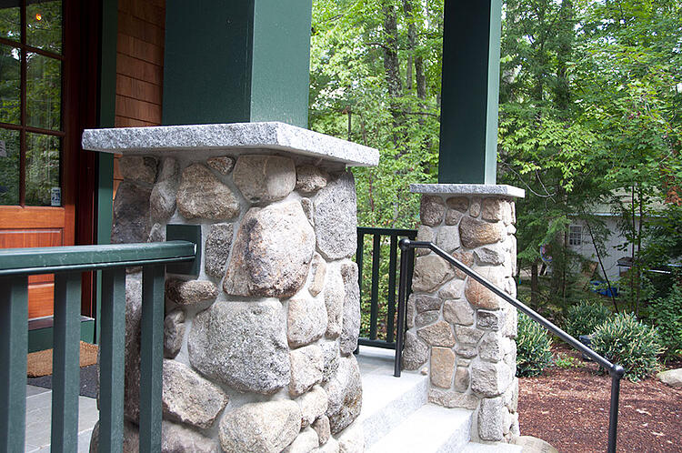 Granite pillar caps
