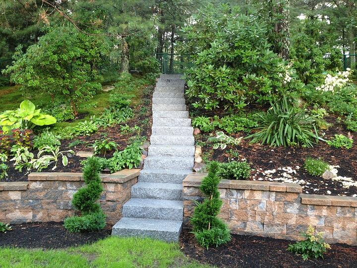 Woodbury Gray granite embankment steps - Natural Path Landscaping