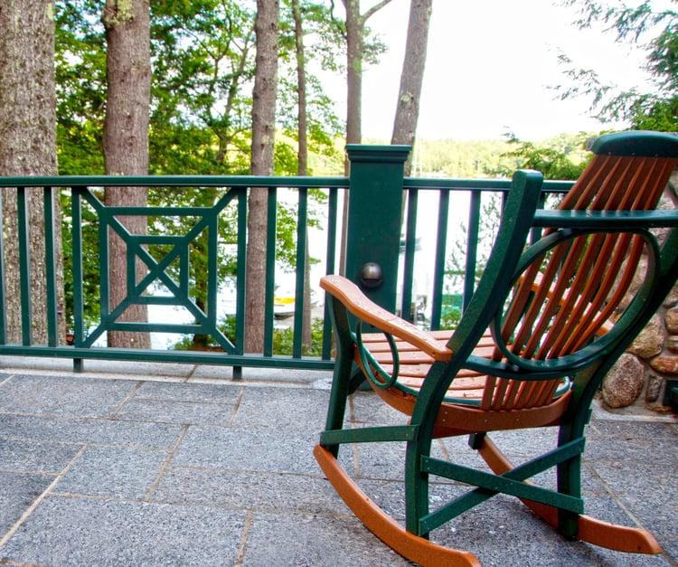 caledonia-granite-swenson-lakehouse-patio.jpg