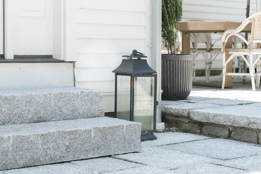 Swenson Granite Works old yankee style Woodbury Gray granite steps