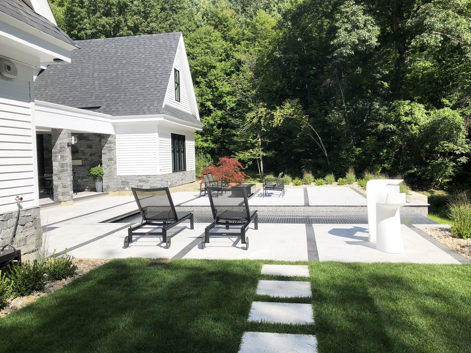 Photo of a backyard patio using Swenson granite