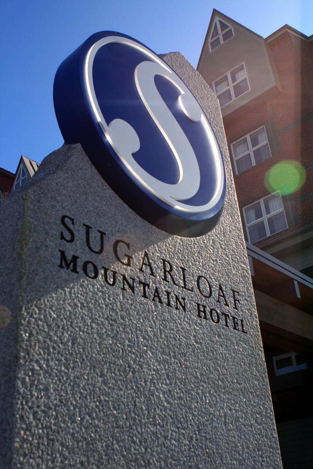 Sugarloaf Mountain Hotel granite sign